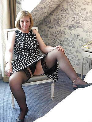 hotties older women upskirt nude pictures