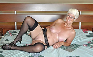 nice comely granny pussy porn picture