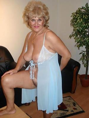 horny beautiful granny pussy porn foto