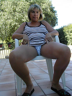 granny pussy in breathe hard porn pics