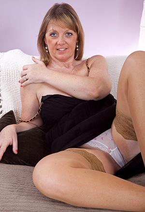 exact older women everywhere panties porn foto