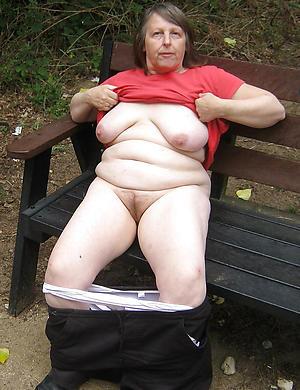 naked granny pussy