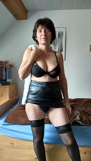 hotties granny lingerie porn