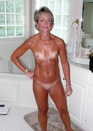 error-free small tits nude women nude pics