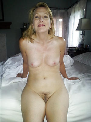 nude small titted women
