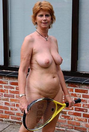 xxx pictures of mature older nude women