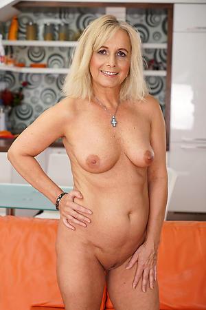 porn pics of older blondes