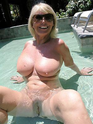 spot on target older blonde pussy porn gallery