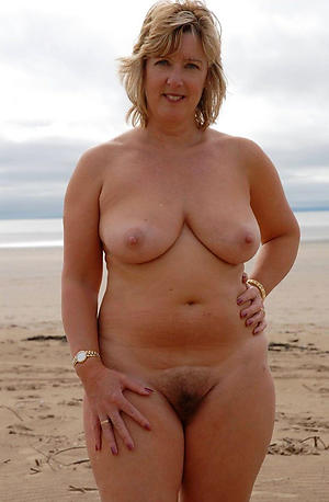 nude pics of nude sexy older women