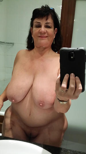 self shot older women amateur pics