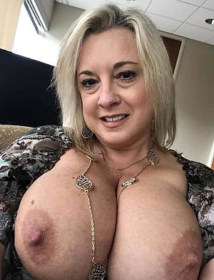 xxx pictures of self shot older women