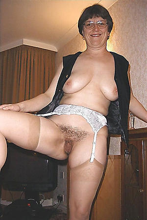 on the mark old ladies in stockings pics