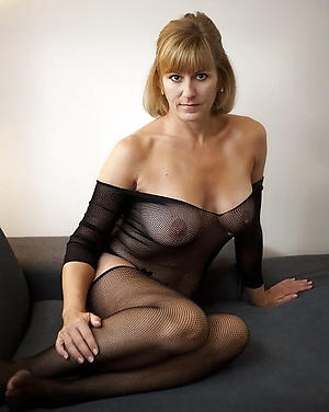 porn pics of beautiful old pussy