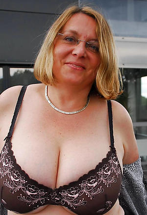 nude hot gaffer granny pic