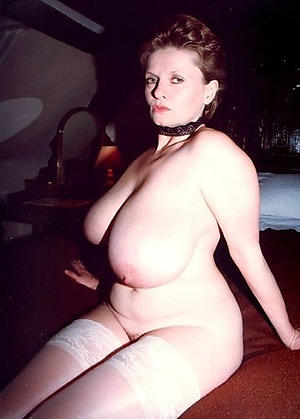 xxx big busty granny nude pic