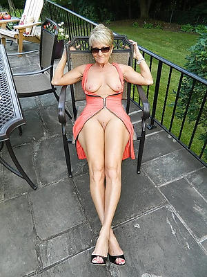 naughty skinny granny pussy nude pic