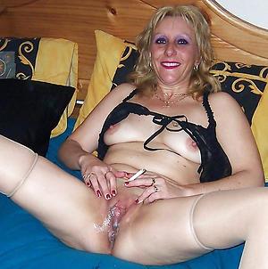 naked granny vulva porn picture