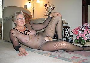 homemade grannies posing nude