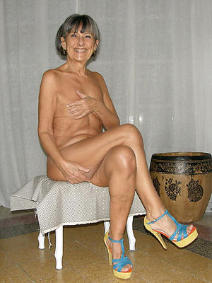 granny in heels amateur pics