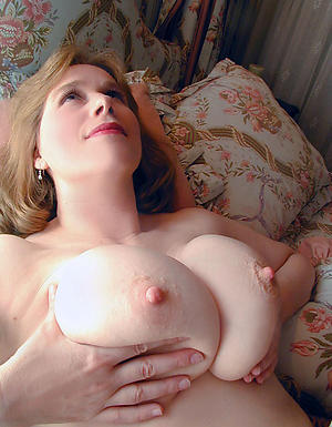 naked women with long nipples