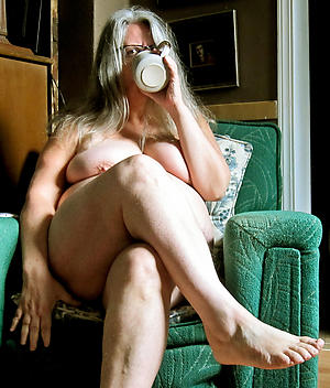 lady granny private pics