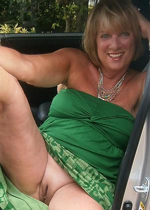 nice upskirt granny pics