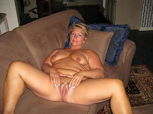 sexy pictures of mature granny pussy