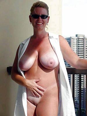 nude elegant old women pics