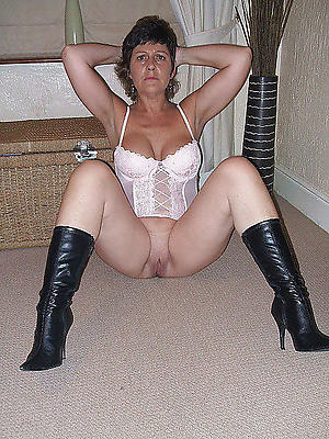 mature grannies in lingerie nasty tits