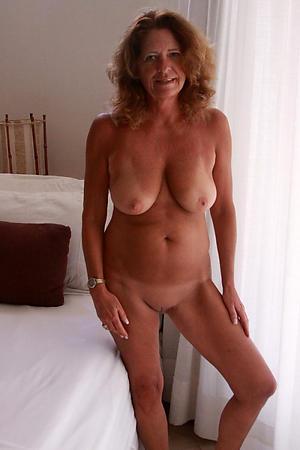 sexy venerable women nude amateur pics
