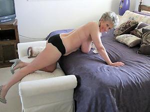 elegant grannies freash pussy