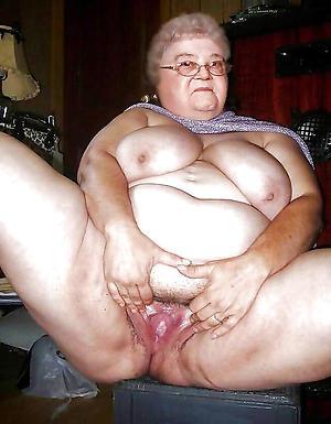 nude pics of bbw grannies