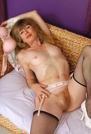 naked skinny elder women porn pics