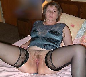 hotold vulvas  stripping