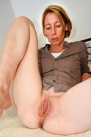 granny vulva fucking