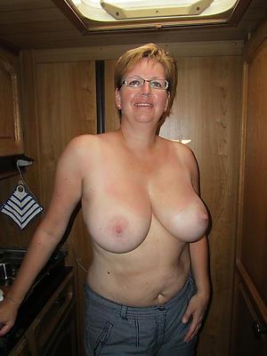 mature grannies tits private pics