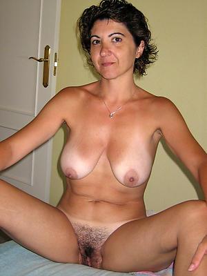 mature granny hairy pussy porn pics