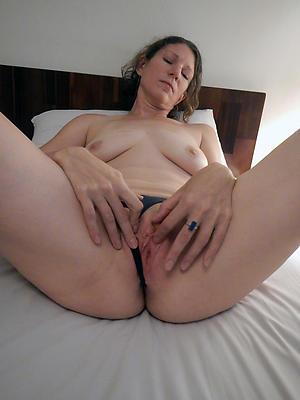 porn pics of old women masturbating