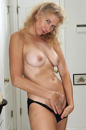 nude pics of old women masturbating
