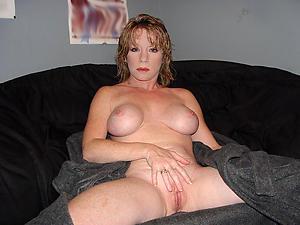 porno old body of men masturbating