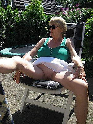 overt pics be advisable for sexy older women