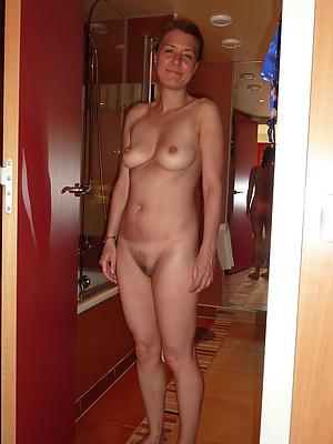 mature granny solo porn pics