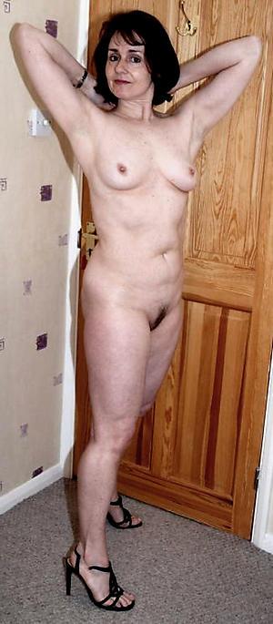 porno progenitrix solo nude pic