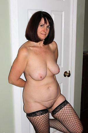doyenne amateur pussy porn pics