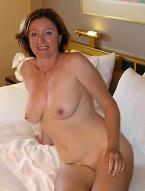 older amateur body of men pussy pic
