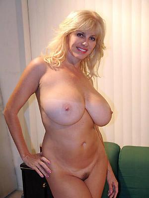 nude pics of chunky tit granny