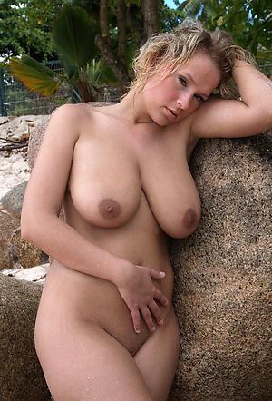 hot old mature girlfriend stripping
