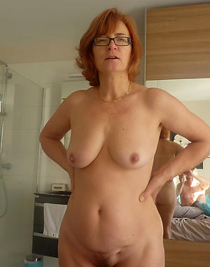 horny venerable housewives pussy pic