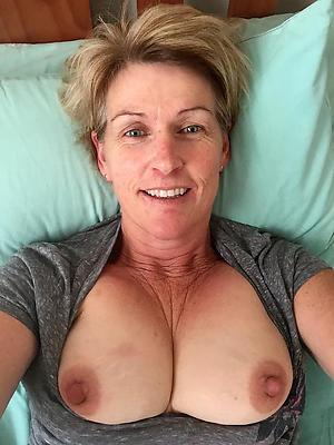 erotic beauty elder statesman women nude selfshots