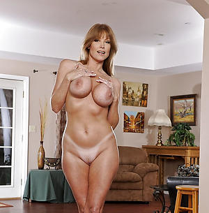 doyenne redhead firsthand pussy